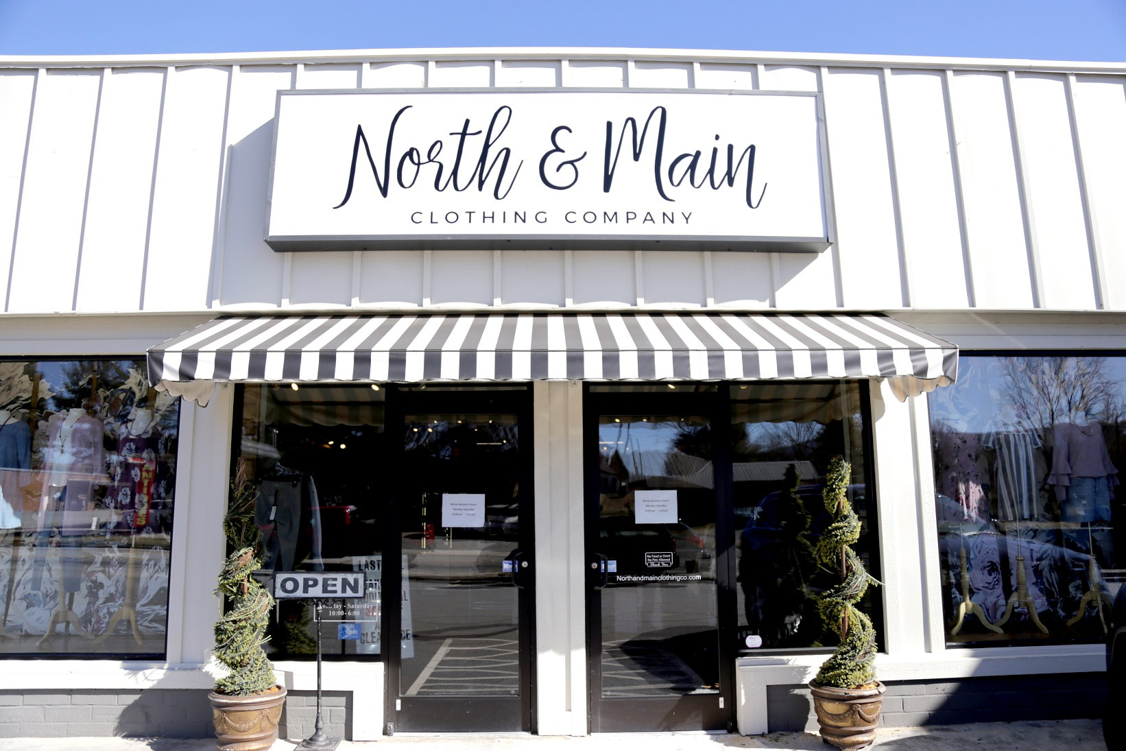 North and main clothing